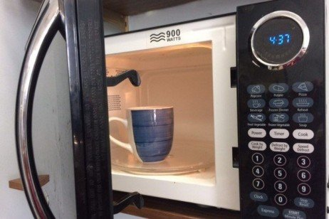 Making Healthy Meals: Give Your Microwave a Second Look