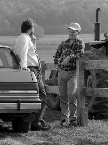 Finding the Common Ground: Good Neighbor Relations: Advice and Tips from Farmers