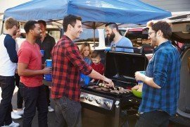 """Food Safety Tailgating Tips: Be on the """"Offense"""" Against Foodborne Illness"""
