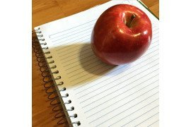 #apple #notebook by Victor/Flickr.com CC By 2.0