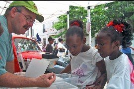 Education at community outreach events. Photo supplied by PA IPM