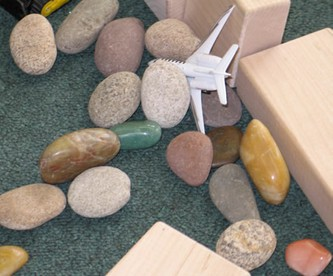 Loose parts: What does this mean?